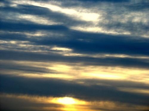 Ce n'est pAs un ciel blEu - (c) 2010 OuiLeO.cOm
